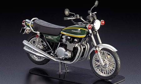 1/12 ネイキッドバイク No.12 カワサキ 900 スーパー4 プラモデル(再販)[アオシマ]《取り寄せ※暫定》