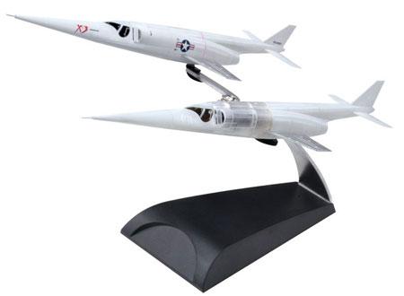 【クリックでお店のこの商品のページへ】ドラゴンウイングス ウォーバーズ 塗装済完成品 Xプレーンシリーズ 1/144 X-3 スティレット エドワーズ空軍基地[プラッツ]《取り寄せ※暫定》