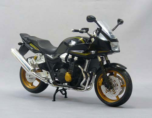 1/12 Complete Motorcycle Model CB1300 SUPER BOLD'OR (BLACK)(Pre-order)1/12 完成品バイク ホンダ CB1300 SUPER BOLD'OR(ブラック)Accessory
