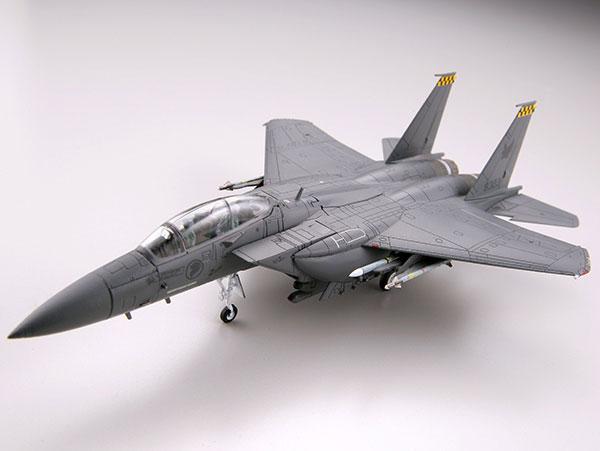 技MIX 技AC44 1/144 RSAF F-15SG (シンガポール・パヤレバー基地)[トミーテック]《発売済・在庫品》