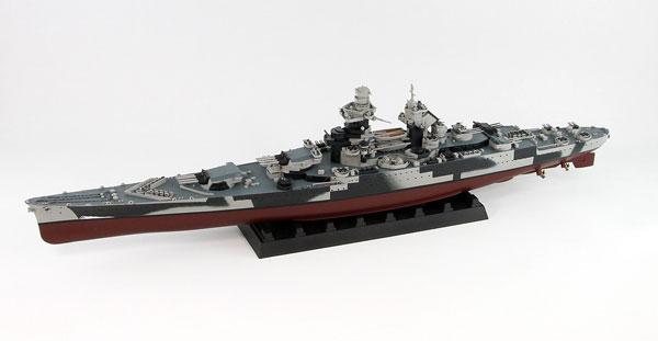 1/700 フランス海軍 戦艦 リシュリュー 1943/46 プラモデル[ピットロード]《取り寄せ※暫定》