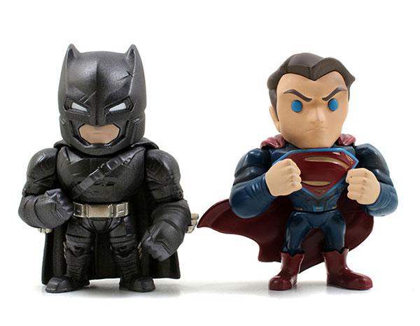 バットマンvsスーパーマン/ メタルズ ダイキャスト 4インチ フィギュア ツインパック: アーマードバットマンvsスーパーマン[Jada Toys]《在庫切れ》