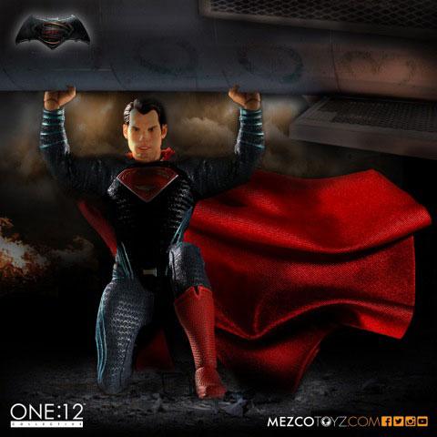 バットマン vs スーパーマン ジャスティスの誕生 1/12スケール アクションフィギュア スーパーマン[メズコ]《発売済・在庫品》