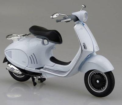 1/12 完成品バイク VESPA 946 (ホワイト)[スカイネット]《発売済・在庫品》