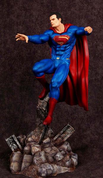 バットマンvsスーパーマン・ジャスティスの誕生 1/8 スーパーマン レジン製塗装済み半完成モデル[メビウスモデル]【送料無料】《在庫切れ》