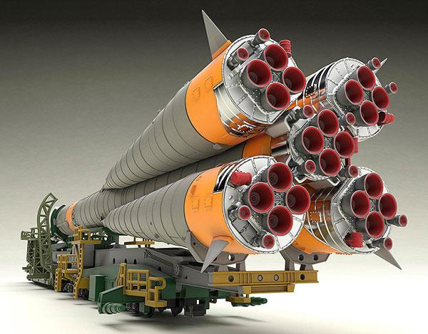 1/150 ソユーズロケット+搬送列車 プラモデル[グッドスマイルカンパニー]《03月予約》