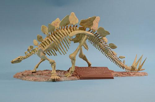 1/24 ステゴサウルス 骨格標本 プラモデル[グレンコモデル]《取り寄せ※暫定》