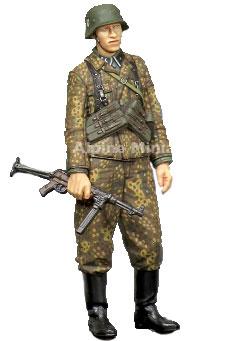 1/35 WWII独 SS下士官 MP40短機関銃[アルパイン]《在庫切れ》