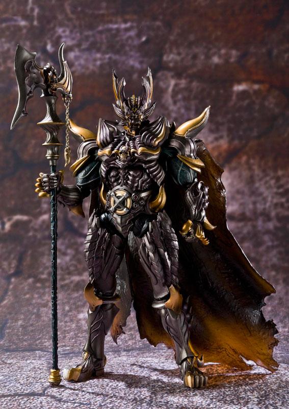 收牙狼魔界可动 黑暗骑士 牙 价钱可商量(已收 谢谢