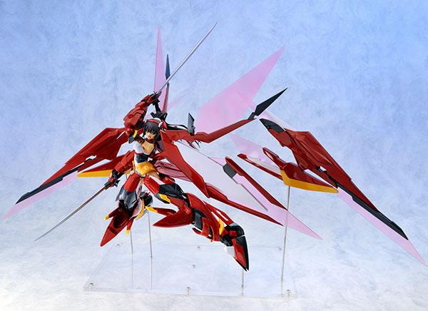 IS〈インフィニット・ストラトス〉 篠ノ之箒 紅椿 完成品フィギュア