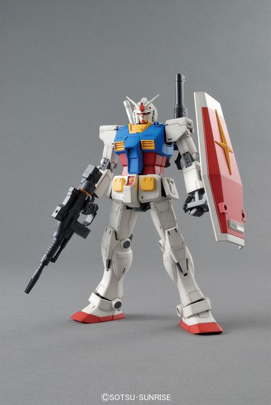 MG 1/100 RX-78 ガンダム プラモデル(仮称)