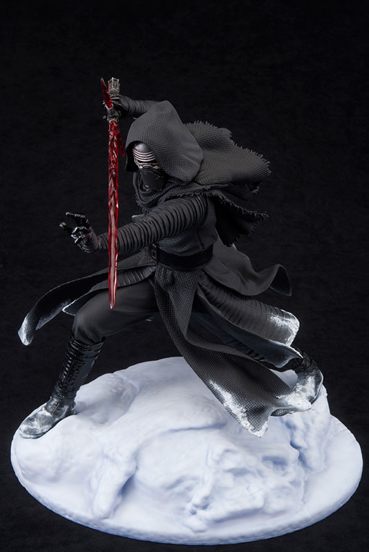 ARTFX - Star Wars: Kylo Ren 1/7 Easy Assembly Kit(Pre-order)ARTFX スター・ウォーズ カイロ・レン 1/7 簡易組立キットScale Figure
