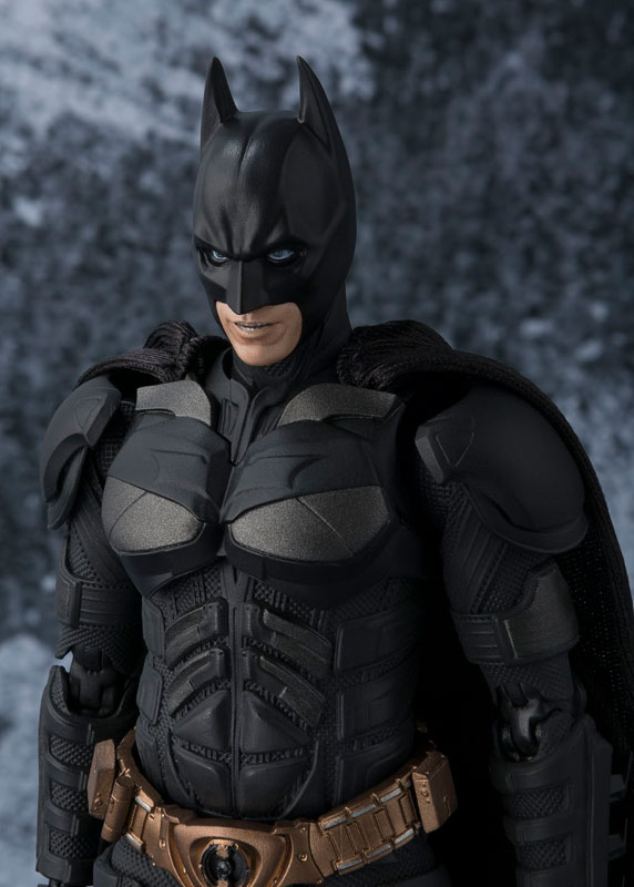 S.H. Figuarts - Batman (The Dark Knight)(Pre-order)S.H.フィギュアーツ バットマン(The Dark Knight)Scale Figure