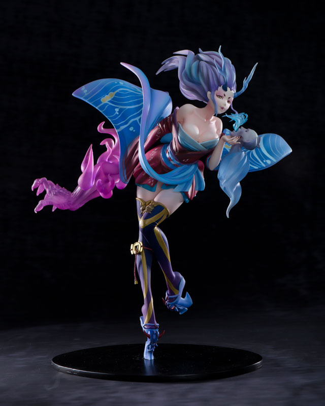 http://img.amiami.jp/images/product/review/172/FIGURE-031014_01.jpg