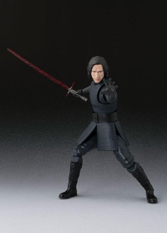 S.H. Figuarts - Kylo Ren (The Last Jedi)(Pre-order)S.H.フィギュアーツ カイロ・レン(THE LAST JEDI)Scale Figure