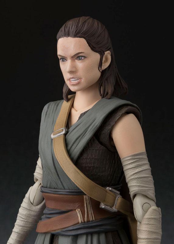 S.H. Figuarts - Rey (The Last Jedi)(Pre-order)S.H.フィギュアーツ レイ(THE LAST JEDI)Scale Figure