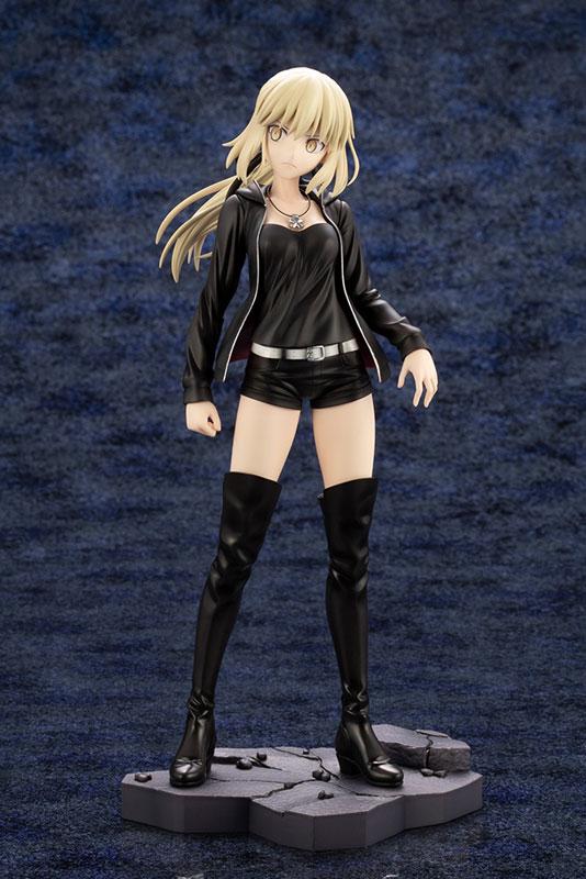 Fate/Grand Order - Saber/Altria Pendragon [Alter] Casual Wear ver. 1/7 Complete Figure(Pre-order)Fate/Grand Order セイバー/アルトリア・ペンドラゴン〔オルタ〕私服ver. 1/7 完成品フィギュアScale Figure
