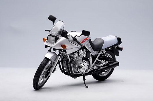 1/12 ダイキャスト・モーターサイクル スズキ GSX 1100S カタナ 1981(シルバー)