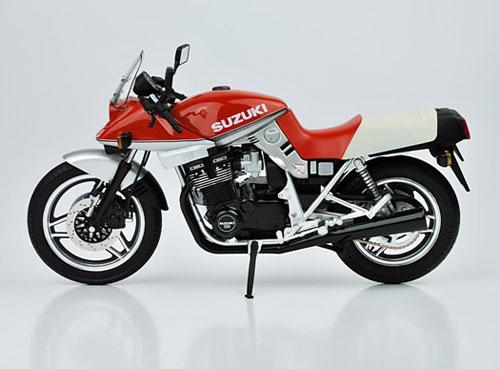 1/12 ダイキャストネイキッドバイク No.1 スズキ GSX1100SE 刀 1984年式(レッド)(再販)[スカイネット]《在庫切れ》