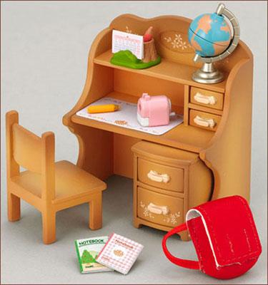 (箱破損特価新品)シルバニアファミリー 家具 勉強机セット[エポック]《在庫切れ》