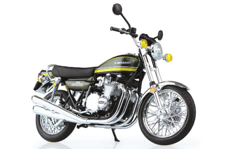 1/12 完成品バイク Kawasaki 900Super4(Z1)タイガー(再販)[スカイネット]《在庫切れ》