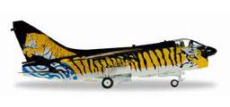 1/72 A-7E コルセア II ギリシア空軍 335th 爆撃飛行隊 Tiger Meet アニメ・キャラクターグッズ新作情報・予約開始速報