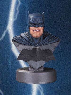 『DCコミックス』【DC バスト】バットマン(バットマン:ダークナイト・リターンズ 30周年アニバーサリー版)[DCコレクティブル]《在庫切れ》