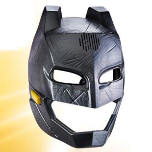 『バットマン vs スーパーマン ジャスティスの誕生』【マテル コスプレ】「ボイスチェンジャー」アーマード・バットマン[マテル]【送料無料】《在庫切れ》