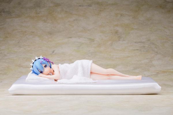 Re:ゼロから始める異世界生活 レム添い寝Ver. 1/7 完成品フィギュア[KADOKAWA]《在庫切れ》