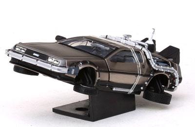 1/43 ダイキャストモデルカー バック・トゥ・ザ・フューチャー PartII デロリアン マークII フライングver.