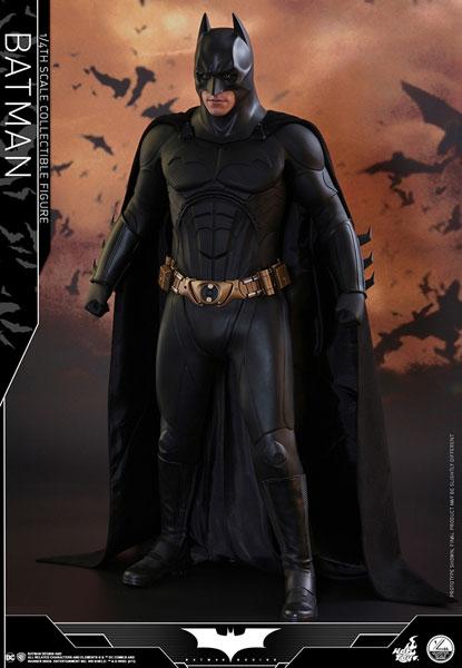 クオーター・スケール 『バットマン ビギンズ』1/4スケールフィギュア バットマン[ホットトイズ]【送料無料】《在庫切れ》