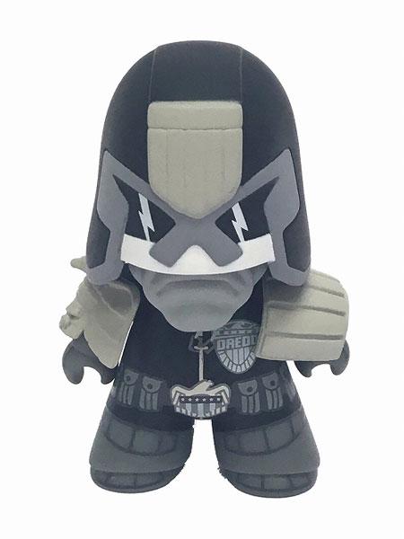 タイタンズ・ビニールフィギュア/ 2000 AD: ジャッジ・ドレッド 4.5インチ ビニールフィギュア ブラック&ホワイト ver