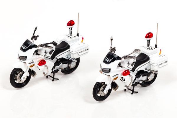 1/43 ホンダ VFR800P 2002-2008 神奈川県警察交通取締用自動二輪車 2台セット[RAI'S]《在庫切れ》