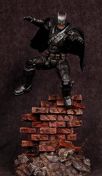 バットマンvsスーパーマン・ジャスティスの誕生 1/8 アーマード・バットマン フィギュアキット[メビウスモデル]《在庫切れ》