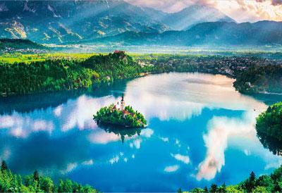 ジグソーパズル ブレッド湖 ~湖上の小さな教会~ 1000ピース (M81-875)[ビバリー]《在庫切れ》
