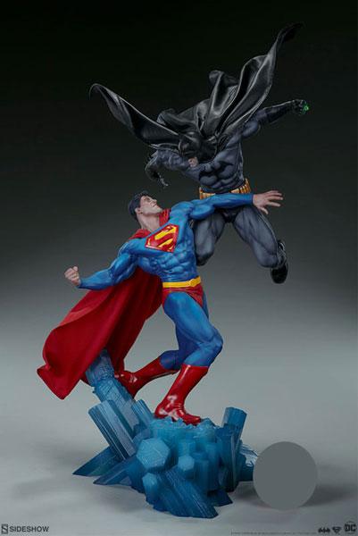 『DCコミックス』 ジオラマ バットマンvsスーパーマン