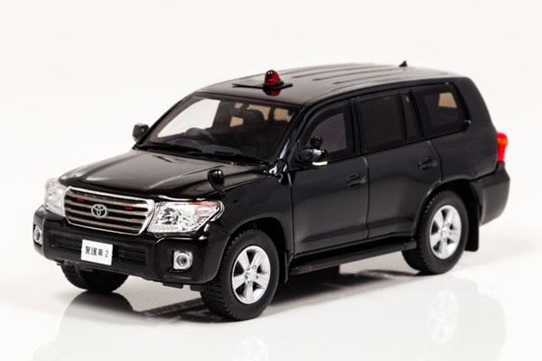 1/43 トヨタ ランドクルーザー AX (URJ202) 2013 警察本部特殊警護車両[RAI'S]《在庫切れ》