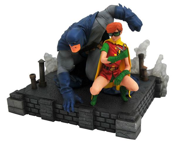 『DCコミックス』PVCスタチュー DCギャラリー バットマン&ロビン(バットマン:ダークナイト・リターンズ版)[ダイアモンドセレクト]《09月仮予約》