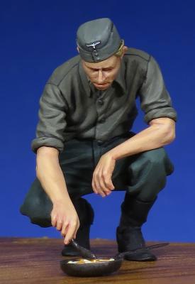 1/35 WW.II ドイツ兵 調理中[ザ・ボディ]《在庫切れ》