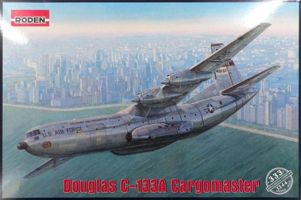 1/144 米・ダグラスC-133Aカーゴマスター大型輸送機60年代 プラモデル[ローデン]《在庫切れ》