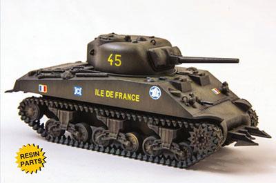 1/72 米・M4A3シャーマン中戦車(75mm)・ヘッジロー付き プラモデル[ユニモデル]《発売済・在庫品》