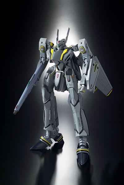 DX超合金 マクロスF VF-25S メサイア (オズマ機)[バンダイ]《在庫切れ》