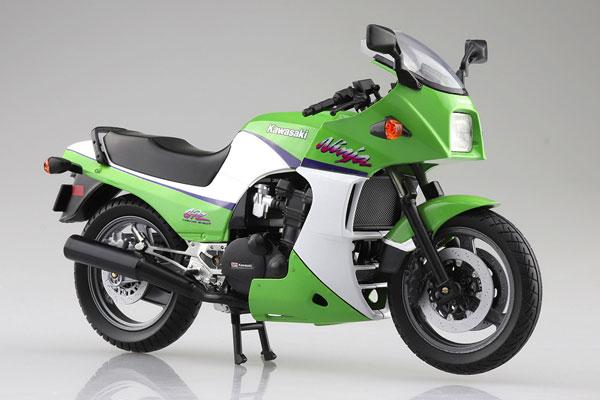 1/12 完成品バイク KAWASAKI GPZ900R ライムグリーン[スカイネット]《05月予約》