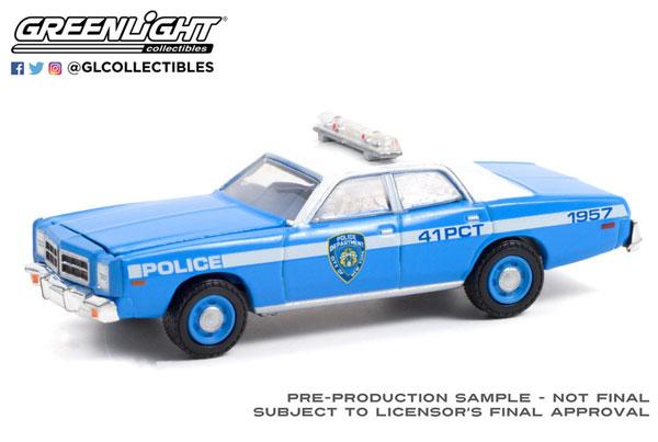 1/64 1978 Dodge Monaco - New York City Police Dept (NYPD)[グリーンライト]《09月仮予約》