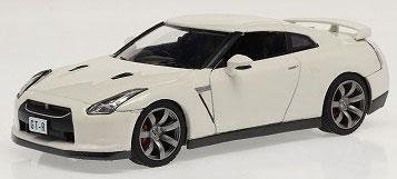 1/43 ニッサン GT-R R35 2008 ホワイト[ファースト43]《06月仮予約》