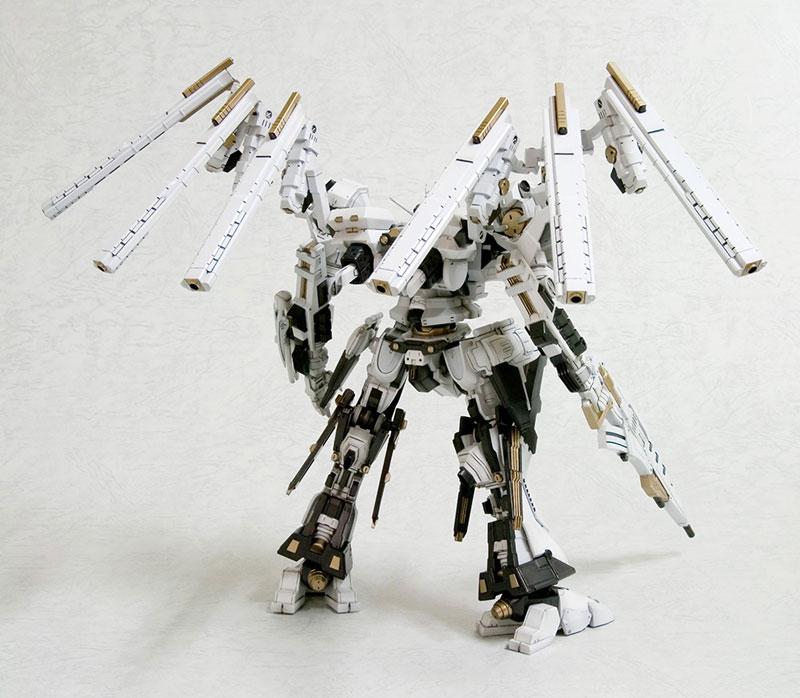 V.I.シリーズ アーマード・コア 1/72 ローゼンタール CR-HOGIRE ノブリス・オブリージュ プラモデル