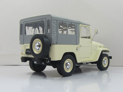 1/18 1967 Toyota Land Cruiser FJ40 with closed soft top. Diecast model with opening front doors beige/grey(Released) & AmiAmi [Character u0026 Hobby Shop] | 1/18 1967 Toyota Land Cruiser FJ40 ...