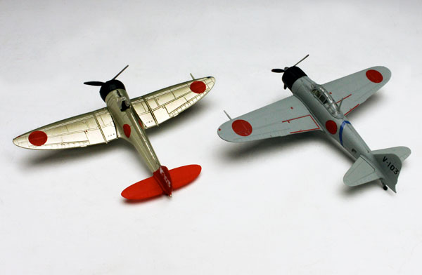 TOY-SCL3-02094_02.jpg