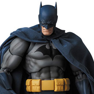 "マフェックス No.105 MAFEX BATMAN ""HUSH"""