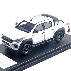 1/43 Toyota HILUX TRD カスタマイズ (2017) スーパーホワイトII